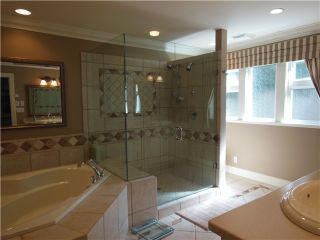 """Photo 12: 3866 LONSDALE Avenue in North Vancouver: Upper Lonsdale House for sale in """"UPPER LONSDALE"""" : MLS®# V1123324"""