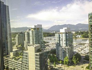 """Photo 4: 1304 1333 W GEORGIA Street in Vancouver: Coal Harbour Condo for sale in """"The Qube"""" (Vancouver West)  : MLS®# R2472774"""