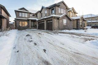 Photo 1: 5249 MULLEN Crest in Edmonton: Zone 14 House for sale : MLS®# E4228825