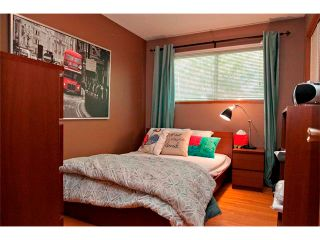 Photo 9: 2007 50 Avenue SW in Calgary: North Glenmore House for sale : MLS®# C4022807