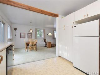 Photo 9: 1145 May St in VICTORIA: Vi Fairfield West House for sale (Victoria)  : MLS®# 719695