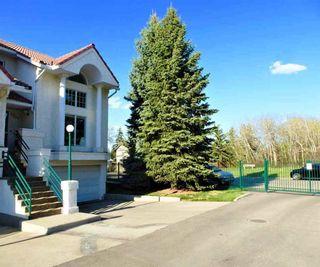 Photo 1: 4652 151 Street in Edmonton: Zone 14 Townhouse for sale : MLS®# E4244182