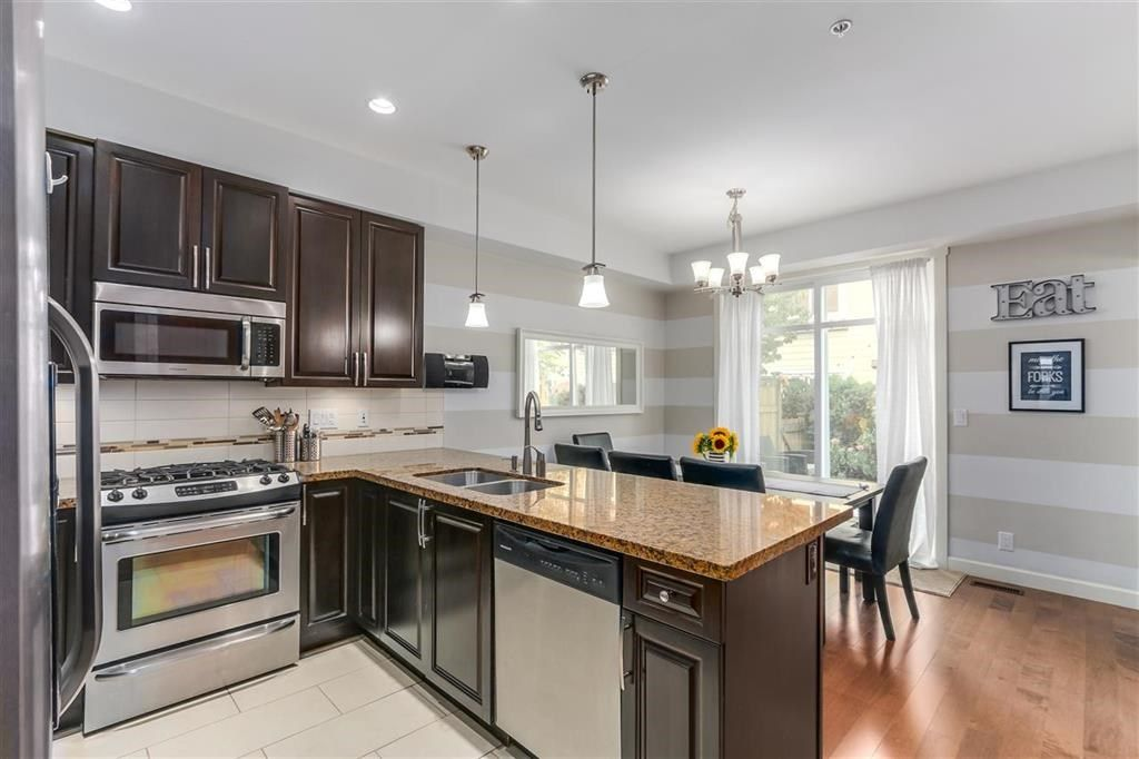 """Main Photo: 96 20738 84 Avenue in Langley: Willoughby Heights Townhouse for sale in """"Yorkson Creek"""" : MLS®# R2331760"""