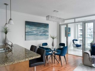 """Photo 7: 1006 1189 MELVILLE Street in Vancouver: Coal Harbour Condo for sale in """"The Melville"""" (Vancouver West)  : MLS®# R2519341"""