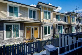"""Photo 3: 20 9688 162A Street in Surrey: Fleetwood Tynehead Townhouse for sale in """"CANOPY LIVING"""" : MLS®# R2552004"""