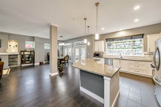 """Photo 10: 25592 BOSONWORTH Avenue in Maple Ridge: Thornhill MR House for sale in """"The Summit at Grant Hill"""" : MLS®# R2516309"""