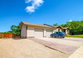 Photo 17: 37 10th Avenue Northeast in Swift Current: North East Residential for sale : MLS®# SK859956