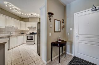 Photo 3: 2201 LAKE FRASER Court SE in Calgary: Lake Bonavista Apartment for sale : MLS®# C4223049