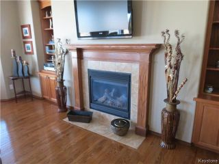 Photo 7: 136 Lindmere Drive in WINNIPEG: River Heights / Tuxedo / Linden Woods Residential for sale (South Winnipeg)  : MLS®# 1405939