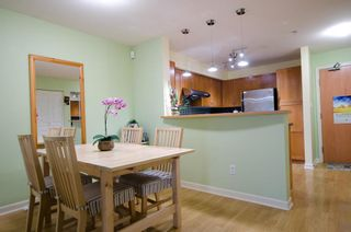 Photo 5: 104 2161 WEST 12TH AVENUE in Carlings: Home for sale