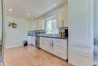"Photo 8: 8166 LAWRENCE Lane in Mission: Hatzic House for sale in ""Hatzic Bench"" : MLS®# R2482472"