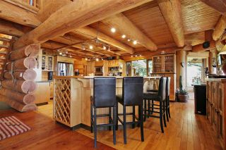 """Photo 7: 8400 GRAND VIEW Drive in Chilliwack: Chilliwack Mountain House for sale in """"Chilliwack Mountain"""" : MLS®# R2483464"""