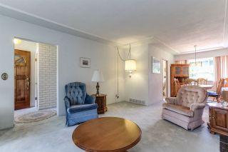 Photo 3: 1940 REGAN Avenue in Coquitlam: Central Coquitlam House for sale : MLS®# R2383854