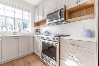 """Photo 3: 74 27735 ROUNDHOUSE Drive in Abbotsford: Aberdeen Townhouse for sale in """"Roundhouse"""" : MLS®# R2485812"""