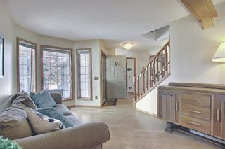 Photo 3: 116 Hidden Circle NW in Calgary: Hidden Valley Detached for sale : MLS®# A1073469