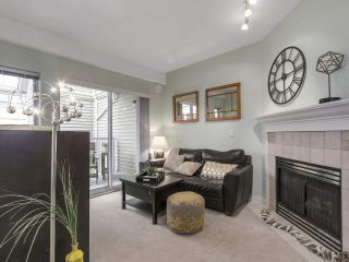 """Photo 3: 301 2755 MAPLE Street in Vancouver: Kitsilano Condo for sale in """"THE DAVENPORT"""" (Vancouver West)  : MLS®# R2122011"""