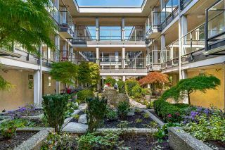 """Photo 33: 304 15255 18 Avenue in Surrey: King George Corridor Condo for sale in """"The Courtyards"""" (South Surrey White Rock)  : MLS®# R2574709"""