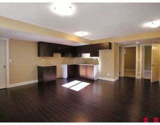 Photo 10: 8188 211TH Street in Langley: Willoughby Heights House for sale : MLS®# F2907120