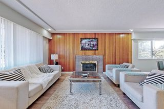 Photo 5: 2696 E 52ND Avenue in Vancouver: Killarney VE House for sale (Vancouver East)  : MLS®# R2613237