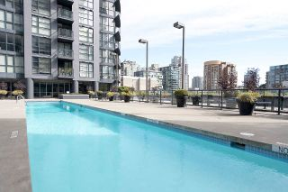 Photo 5: 706 1155 Seymour Street in Vancouver: Downtown VW Condo for sale (Vancouver West)  : MLS®# R2461136