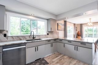 Photo 3: 90 Petersen Rd in : CR Campbell River Central House for sale (Campbell River)  : MLS®# 886443