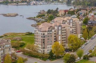 Photo 2: 420 205 Kimta Rd in : VW Songhees Condo for sale (Victoria West)  : MLS®# 882360