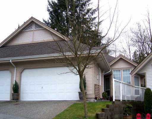 """Main Photo: 92 9025 216TH ST in Langley: Walnut Grove Townhouse for sale in """"COVENTRY WOODS"""" : MLS®# F2607545"""