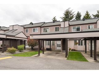 """Photo 2: 3 7551 140 Street in Surrey: East Newton Townhouse for sale in """"GLENVIEW ESTATES"""" : MLS®# R2307965"""