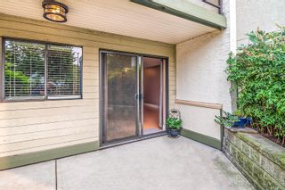 Photo 11: 110 2757 Quadra St in : Vi Hillside Condo for sale (Victoria)  : MLS®# 856175