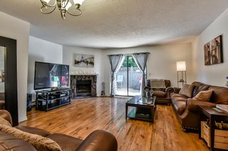 """Photo 6: 129 13710 67 Avenue in Surrey: East Newton Townhouse for sale in """"Hyland Creek Estates"""" : MLS®# R2197033"""