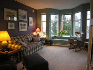 Photo 2: 202 588 12TH Street in New Westminster: Uptown NW Home for sale ()  : MLS®# V629873