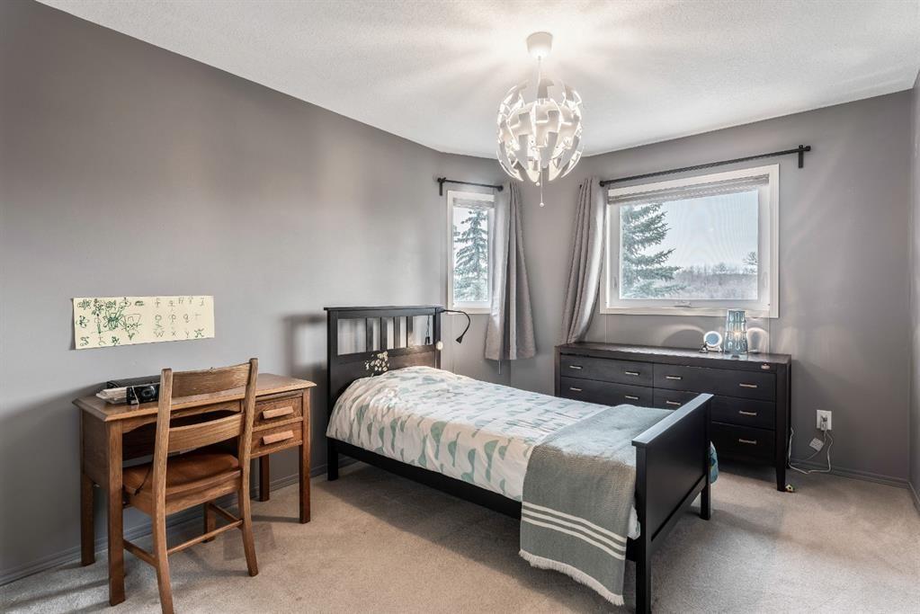 Photo 27: Photos: 91 Oakmount Court SW in Calgary: Oakridge Detached for sale : MLS®# A1090309