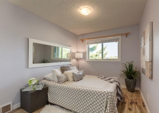 Photo 20: 42 140 Strathaven Circle SW in Calgary: Strathcona Park Semi Detached for sale : MLS®# A1146237