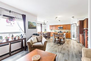 Photo 10: 19 Everhollow Crescent SW in Calgary: Evergreen Detached for sale : MLS®# A1099743