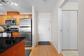 """Photo 7: 407 415 E COLUMBIA Street in New Westminster: Sapperton Condo for sale in """"San Marino"""" : MLS®# R2621880"""