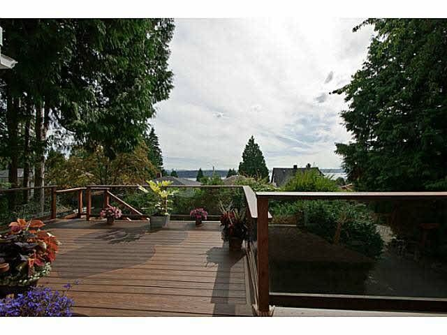 Main Photo:  in West Vancouver: Ambleside House for rent : MLS®# V992953