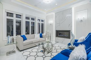 Photo 4: 5805 CULLODEN Street in Vancouver: Knight House for sale (Vancouver East)  : MLS®# R2579985