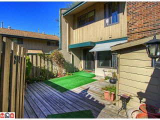 """Photo 6: 24 5850 177B Street in Surrey: Cloverdale BC Townhouse for sale in """"Dogwood Gardens"""" (Cloverdale)  : MLS®# F1222363"""