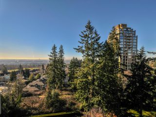 """Photo 8: 903 6888 STATION HILL Drive in Burnaby: South Slope Condo for sale in """"SAVOY CARLTON"""" (Burnaby South)  : MLS®# R2336364"""