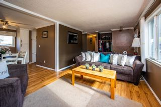 Photo 6: 2322 SHEARER Crescent in Prince George: Pinewood Manufactured Home for sale (PG City West (Zone 71))  : MLS®# R2620506