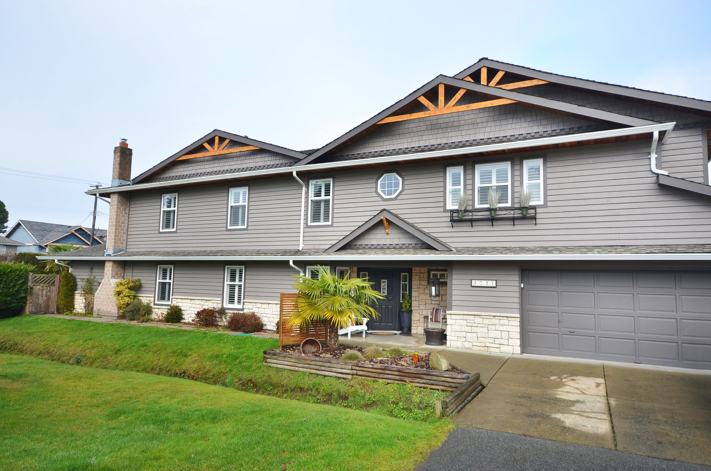 Main Photo: 3731 Richmond Street: Steveston Village Home for sale ()  : MLS®# V1033969