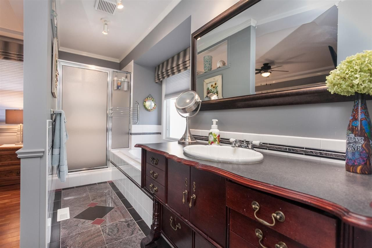 Photo 9: Photos: 24072 109 Avenue in Maple Ridge: Cottonwood MR House for sale : MLS®# R2218573