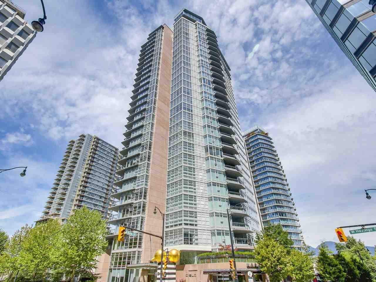 """Main Photo: 2301 1205 W HASTINGS Street in Vancouver: Coal Harbour Condo for sale in """"CIELO"""" (Vancouver West)  : MLS®# R2191331"""