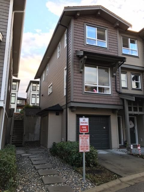 Main Photo: 28 2729 158 STREET in Surrey: Grandview Surrey Townhouse for sale (South Surrey White Rock)  : MLS®# R2020029