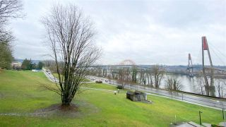 """Photo 1: 404 31 ELLIOT Street in New Westminster: Downtown NW Condo for sale in """"Royal Albert"""" : MLS®# R2535793"""