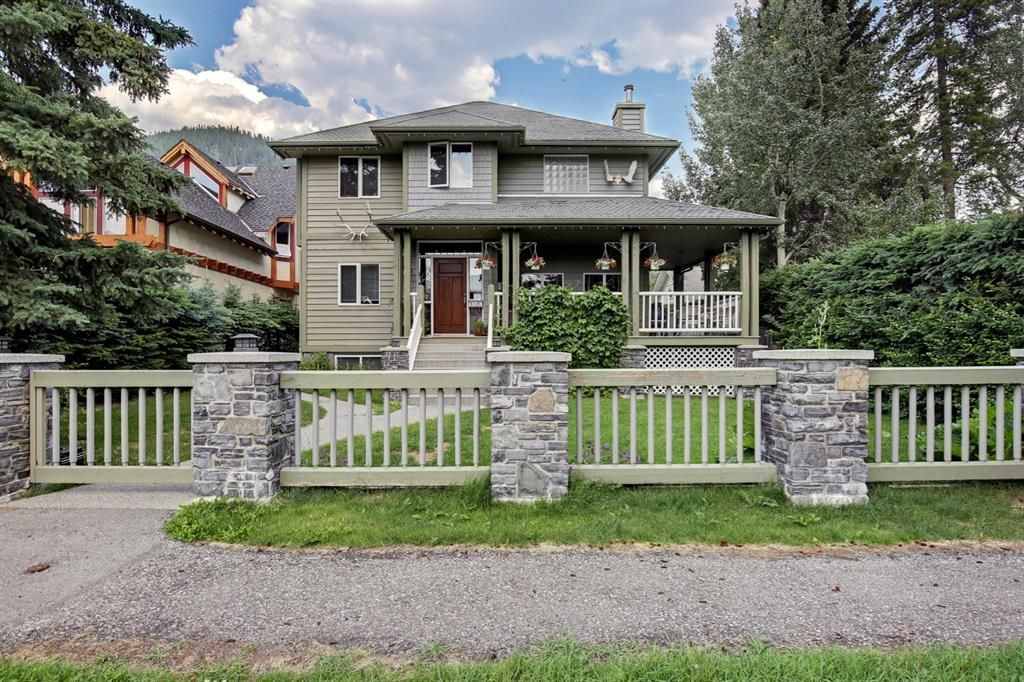 Main Photo: 136 Otter Street: Banff Detached for sale : MLS®# A1131955
