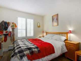 """Photo 15: 103 222 N TEMPLETON Drive in Vancouver: Hastings Condo for sale in """"CAMBRIDGE COURT"""" (Vancouver East)  : MLS®# R2383049"""