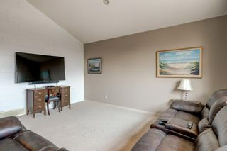 Photo 12: 175 Cougarstone Court SW in Calgary: Cougar Ridge Detached for sale : MLS®# A1130400