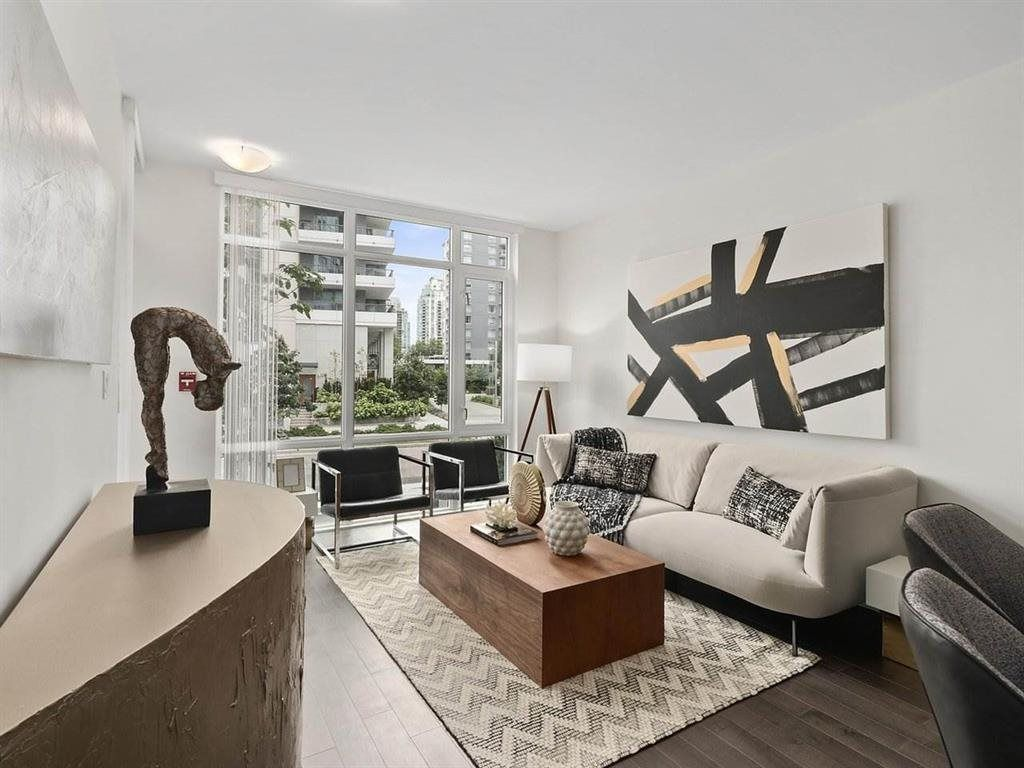 Main Photo: 26 E 1ST AVENUE in Vancouver: Mount Pleasant VE Townhouse for sale (Vancouver East)  : MLS®# R2523111