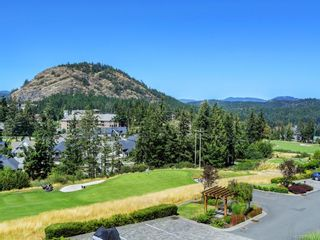 Photo 22: 114 1244 Muirfield Pl in : La Bear Mountain Row/Townhouse for sale (Langford)  : MLS®# 850341